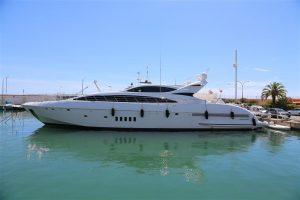 used 105' mangusta yacht