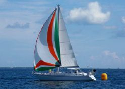 Smooth Sailing with the Right Sailboat Broker