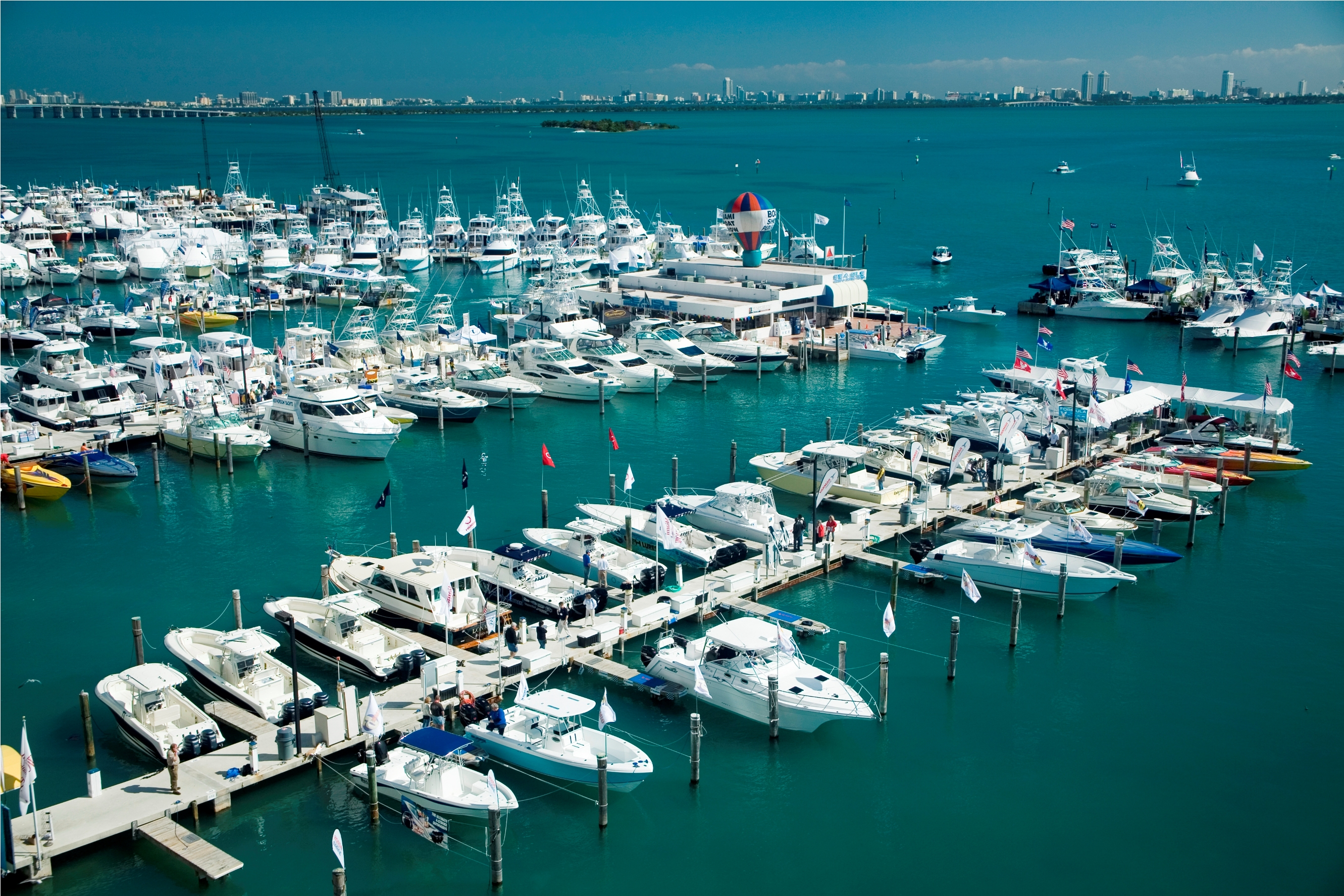 Miami boat show 2013 atlantic yacht ship inc - Miami boat show ...