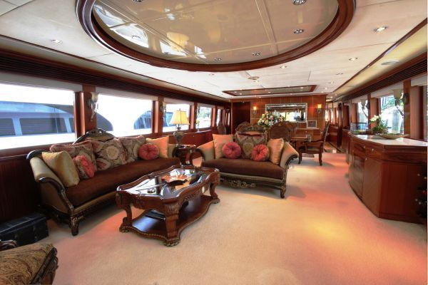 Pre-Owned-Hargrave-Yacht
