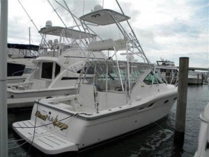 32' Tiara at Palm Beach Boat Show