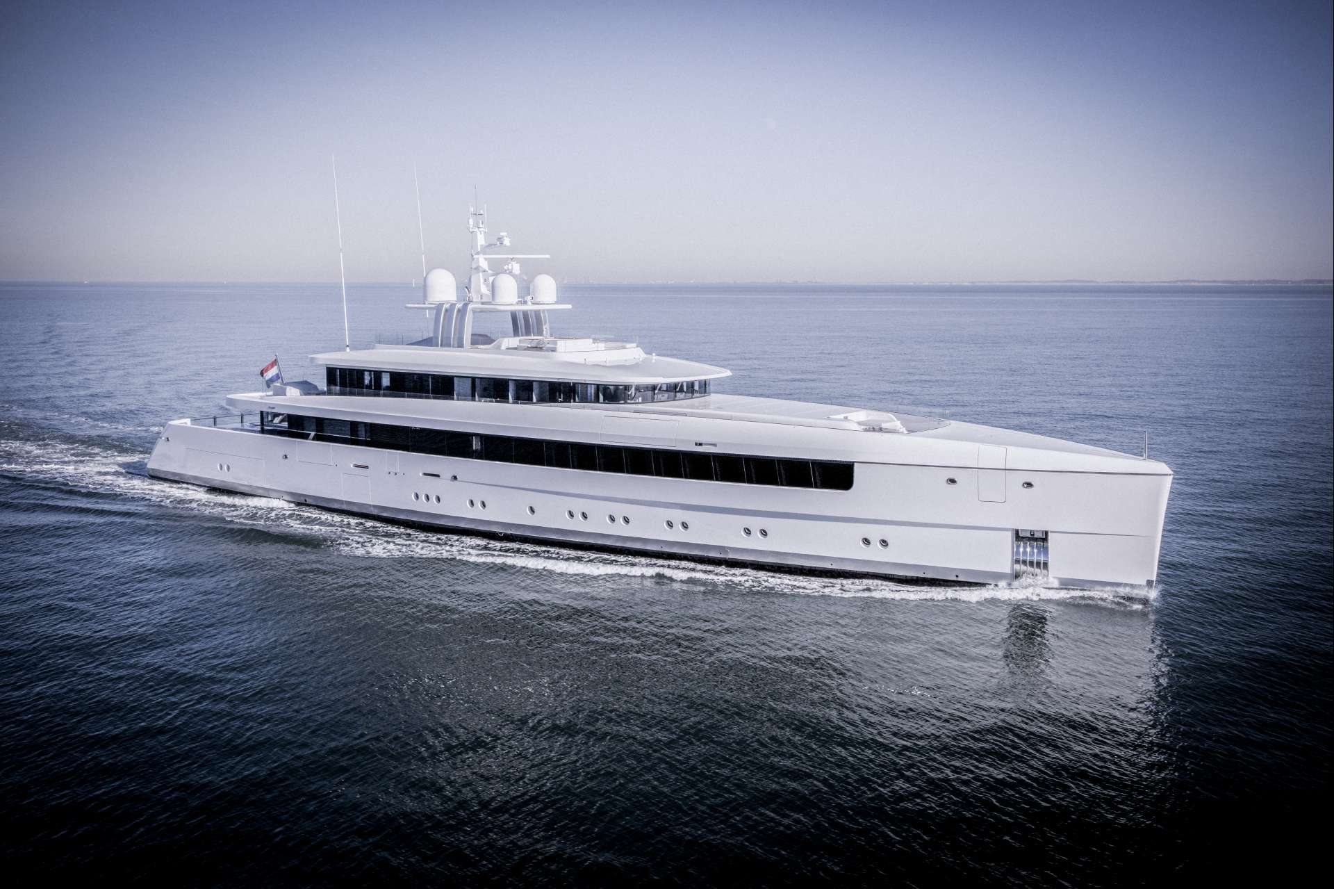 Feadship Yachts Full Screen Picture