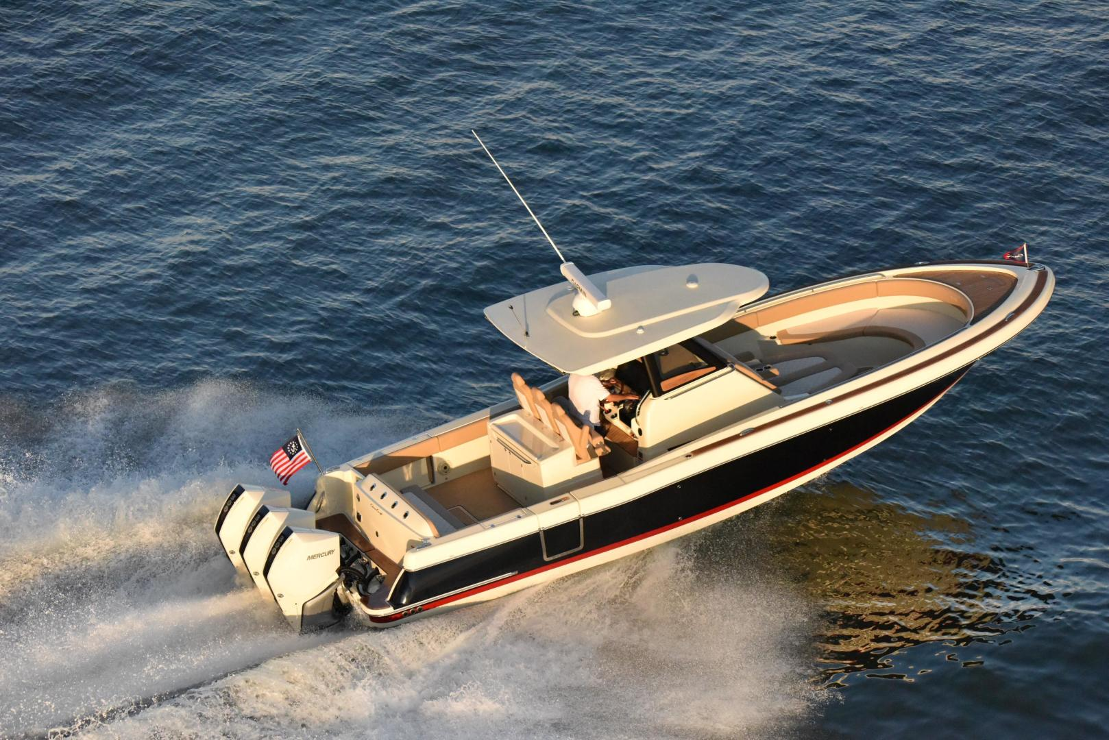 Chris-Craft Yachts Full Screen Picture