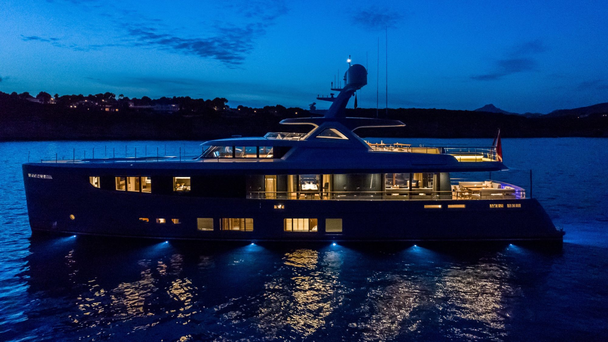 Mulder Yachts Full Screen Picture