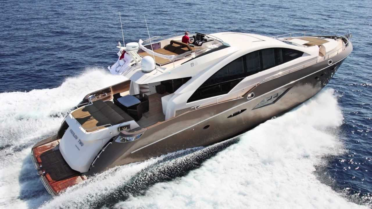 Queens  Yachts Full Screen Picture