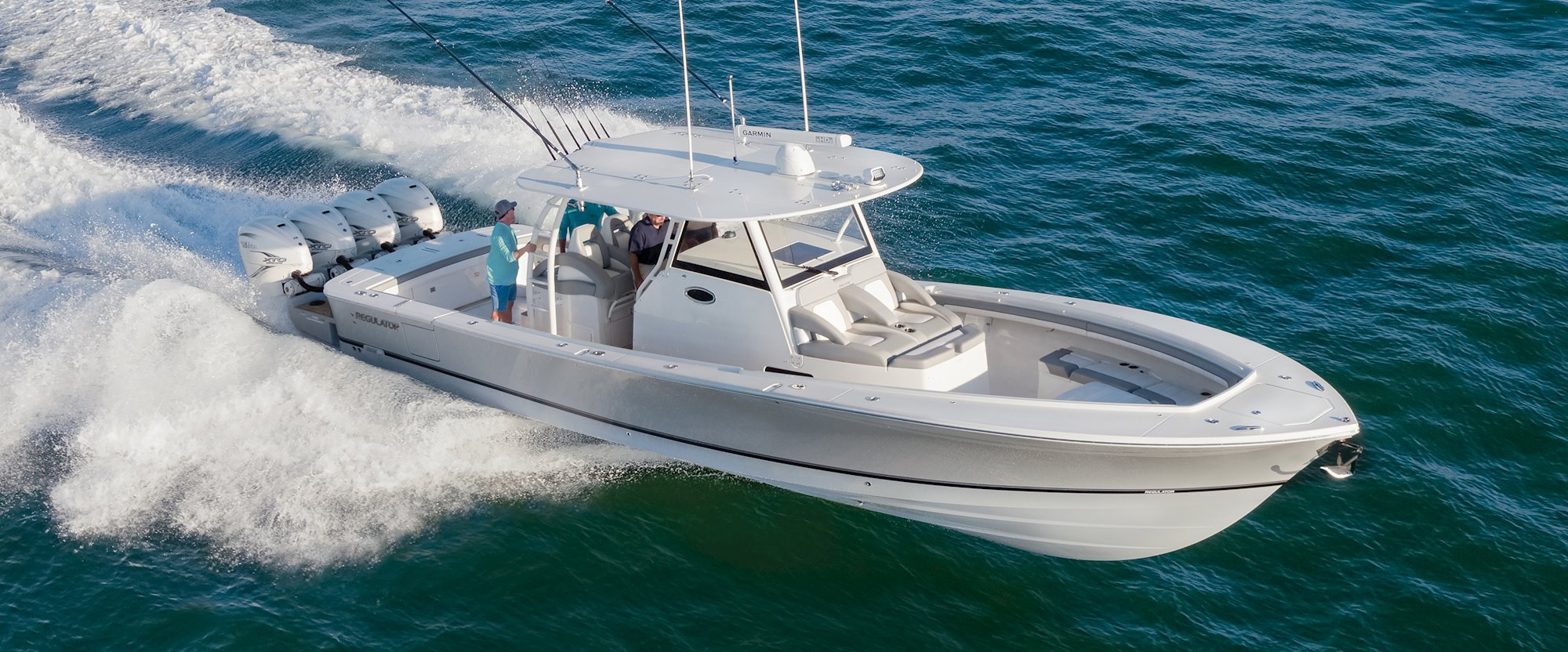 Regulator Yachts Full Screen Picture
