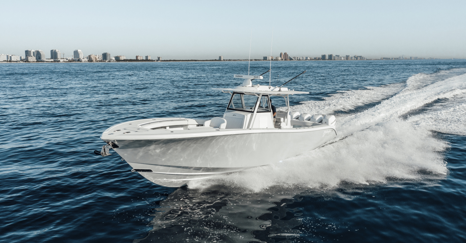 Yellowfin Yachts Full Screen Picture