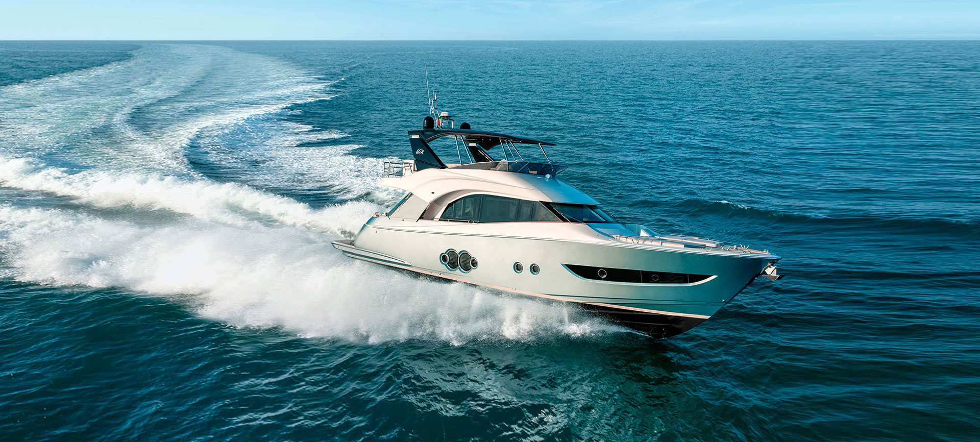 Monte Carlo Yachts Full Screen Picture
