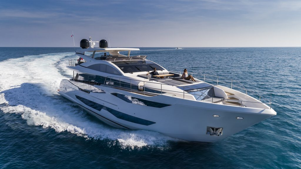 95 Pearl Yacht