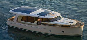 Greenline yachts stuart boat show hybrid yacht